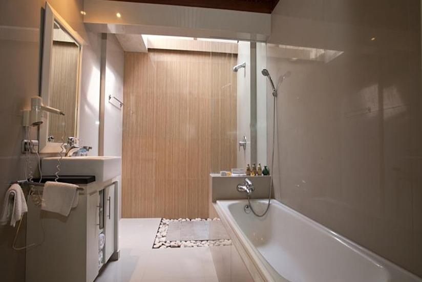 Bugan Villas Bali - Kamar mandi