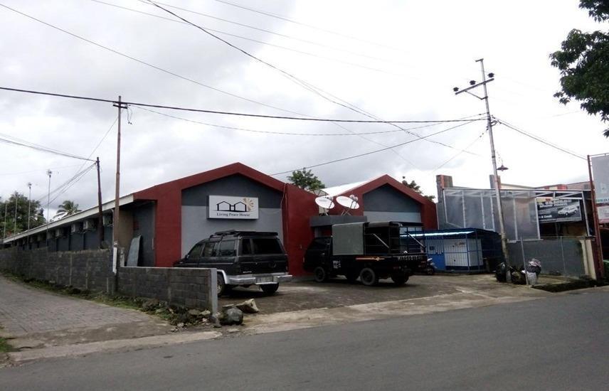 Living Peace House Manado - Exterior