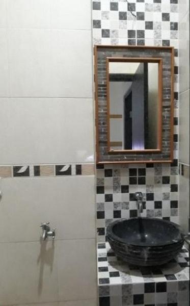 Mega Asri Homestay Yogyakarta - Bathroom