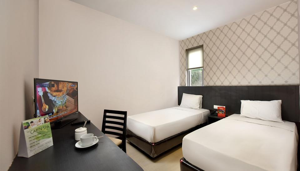 The KNO Hotel Kualanamu - Business Twin Class Room Regular Plan