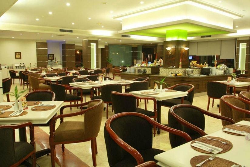 Hotel Pangeran Pekanbaru - Ruang makan
