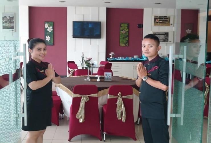 Hotel Cosmo Jambi -