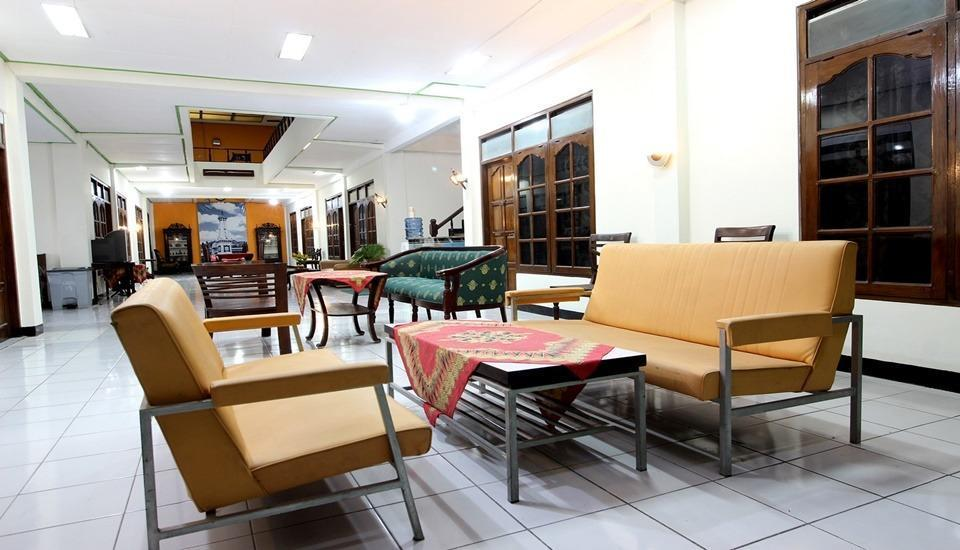 RedDoorz Plus near Lempuyangan Station 3 Yogyakarta - Facilities