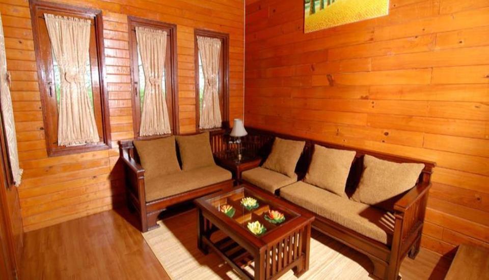Villa Chava Minerva Kayu Ciater - Ruang tamu