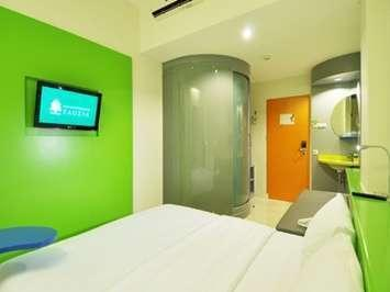 POP Hotel Cengkareng - Kamar POP!