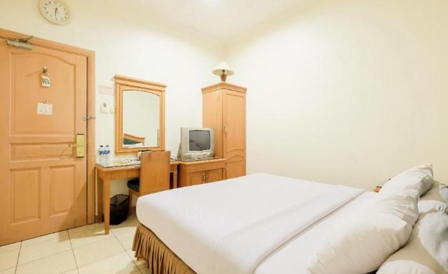 Hotel Panakkukang Makassar - Deluxe Room Regular Plan