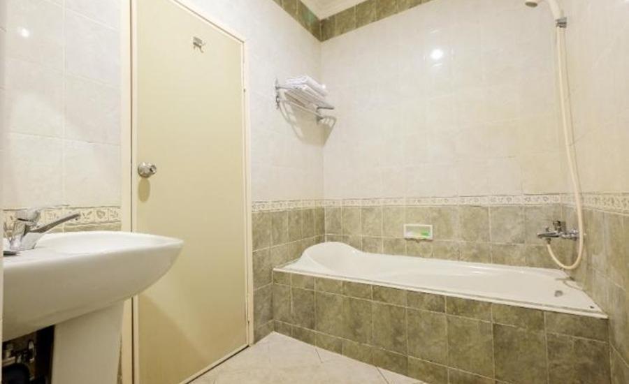 Hotel Panakkukang Makassar - Kamar mandi