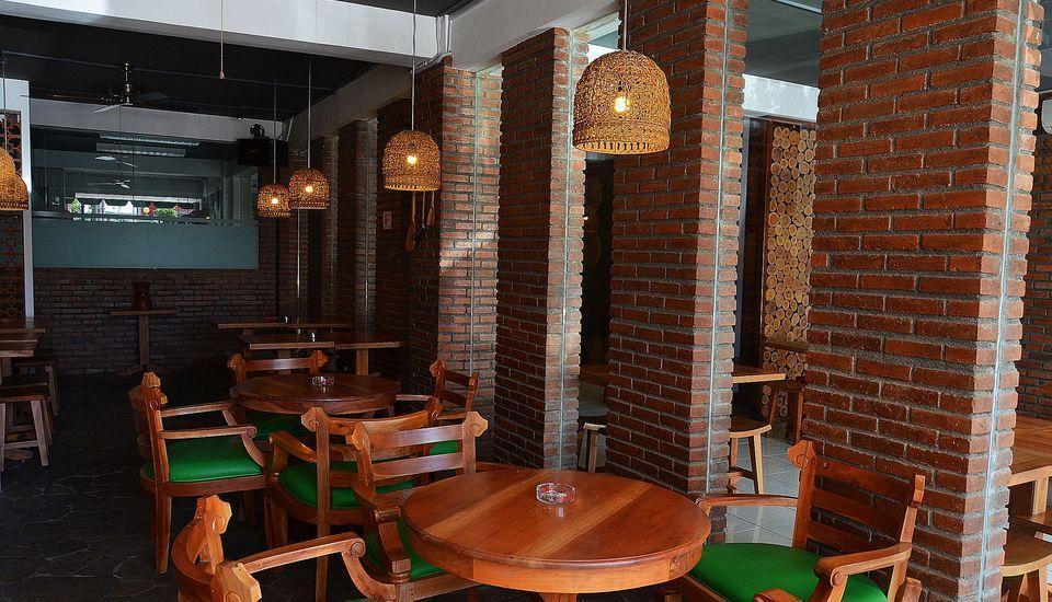 ZEN Rooms Raya Rungkut Surabaya - Restoran
