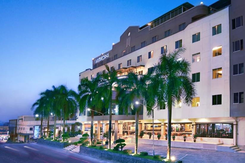 Aston Karimun Karimun - Tampilan Luar Hotel