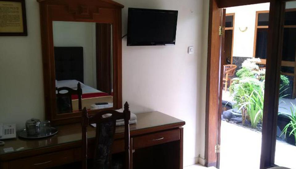 Hotel Priangan Cirebon Cirebon - Room