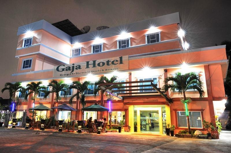 Gaja Hotel Pekanbaru - (03/Feb/2014)
