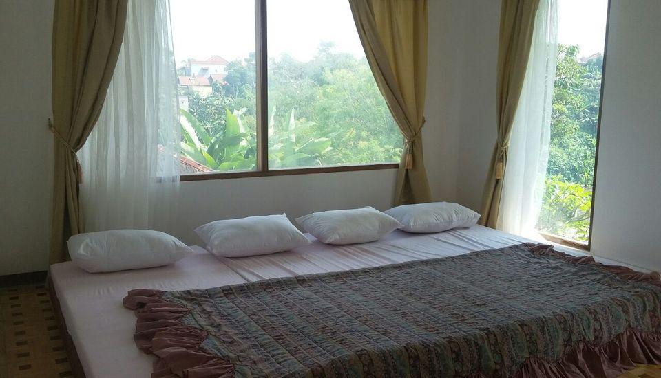 Villa Damos Bandung - Kamar tidur