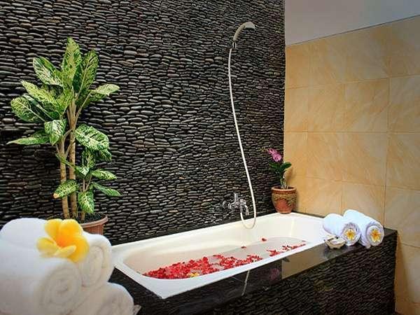 The Taman Ayu Hotel Seminyak -  Dua Cottage Keluarga kamar mandi