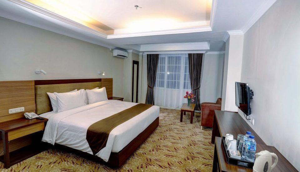 Grand Asrilia Hotel Convention & Restaurant Bandung - Deluxe King