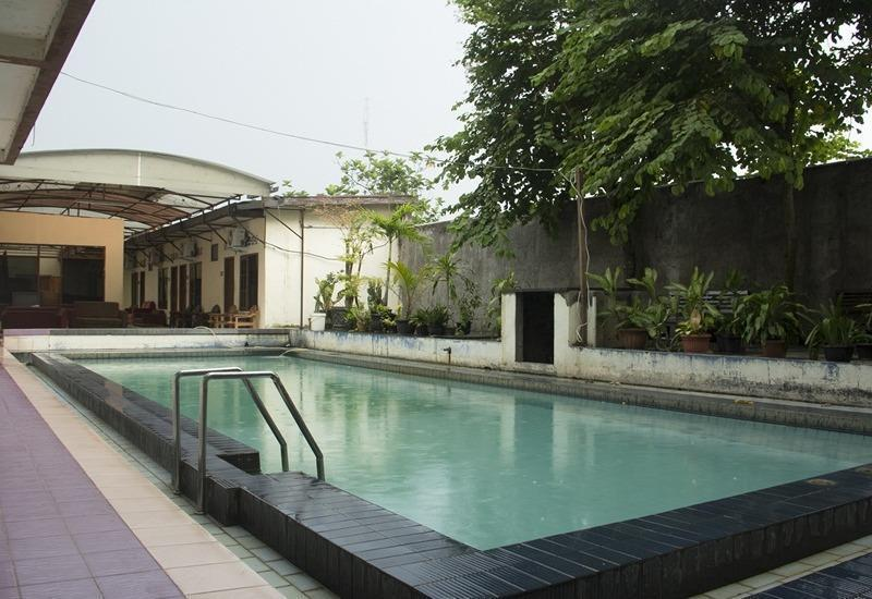 NIDA Rooms Yogyakarta Adisucipto Airport - Kolam Renang