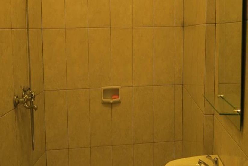 Elenors Home @Eyckman Bandung - Kamar mandi