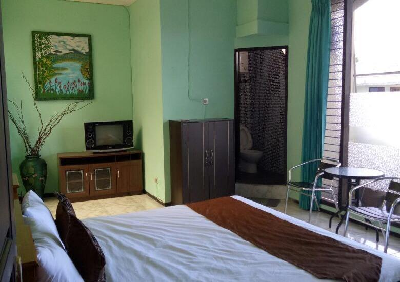 Family Guest House Malang - Room 1 Reguler