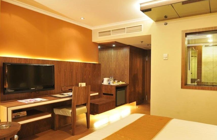 Golden Boutique Hotel Jakarta - Deluxe Room only Save 30%