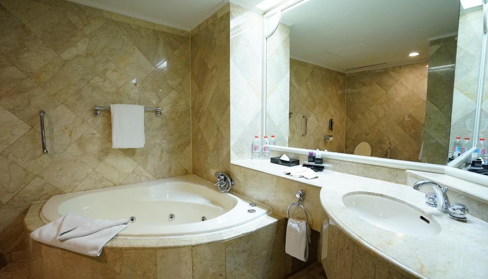 Golden Boutique Hotel Jakarta - Sapphire Suite Regular Plan