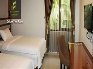 The Summit Siliwangi Hotel Bandung - Deluxe Room With Breakfast Regular Plan