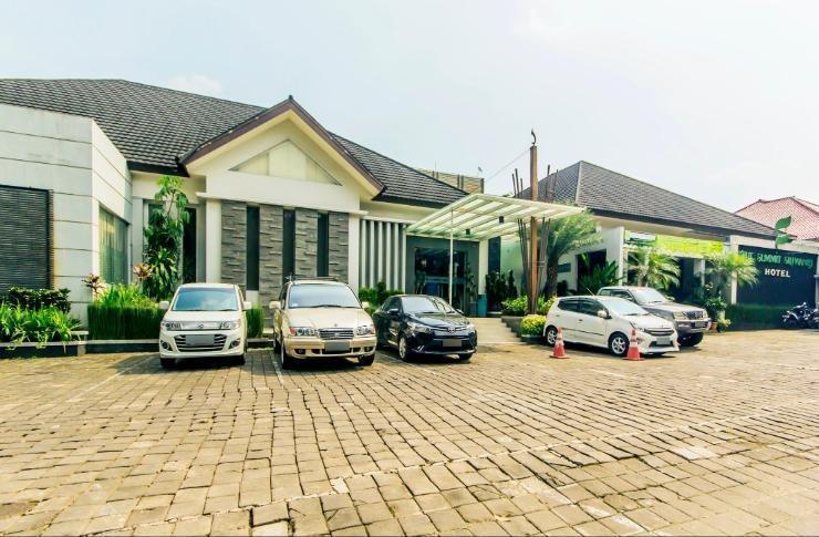 The Summit Siliwangi Hotel Bandung - Hotel