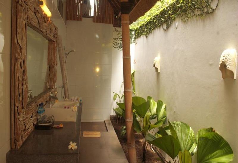 The Trawangan Resort Lombok - Kamar mandi