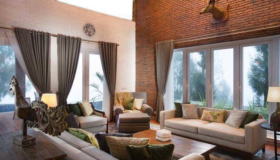 Plataran Bromo Pasuruan - Private Pool  Family Villa  Regular Plan