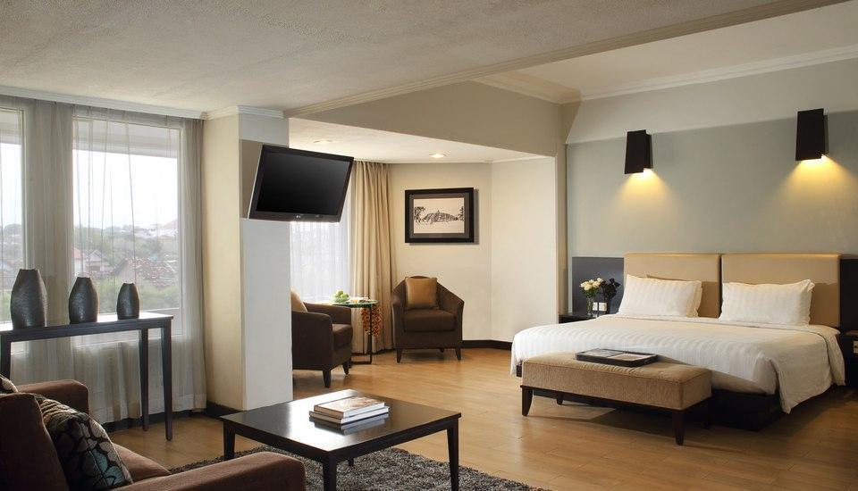 Hotel Santika Premiere Jogja - Premiere Room King Regular Plan