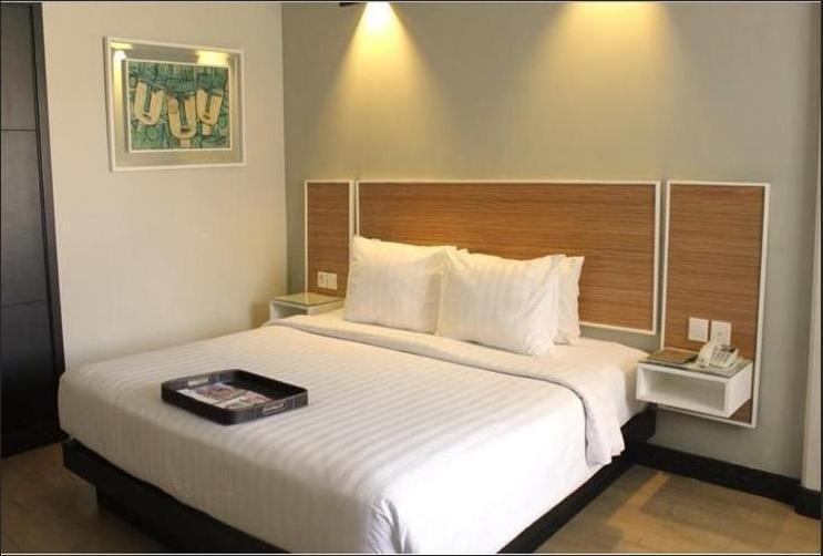 Hotel Santika Premiere Jogja - Deluxe Room King Special Promo Last Minute Deal