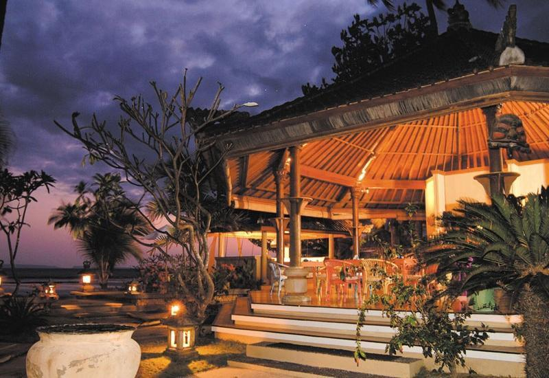 Puri Bagus Candidasa Bali - Hasta Putra Bar