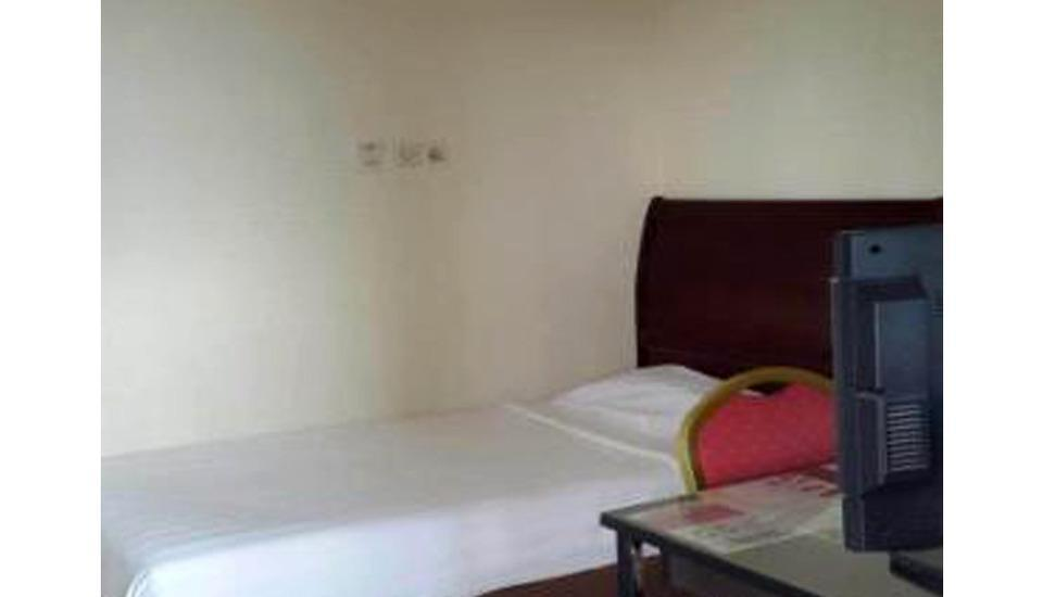 Imperial Inn Ambon - Standard Room Single Regular Plan