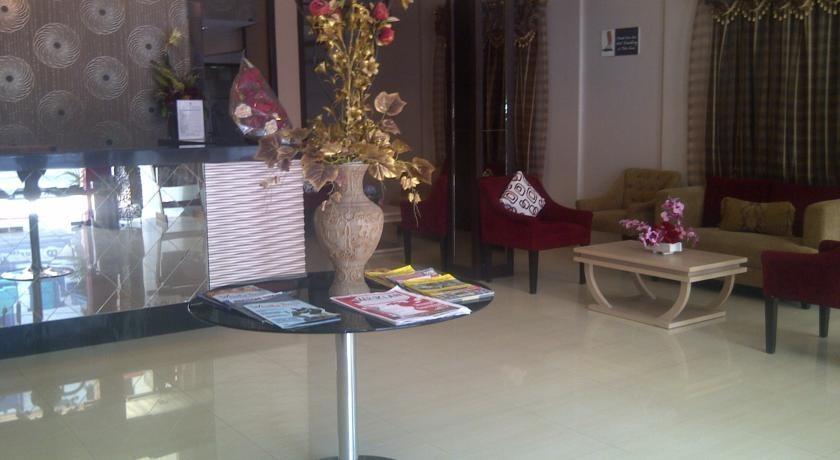 Grand Populer Hotel Makassar - Lobby