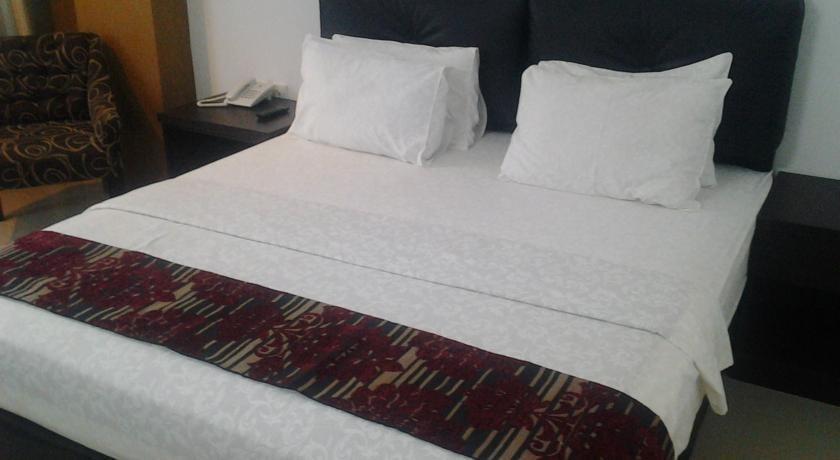 Grand Populer Hotel Makassar - Deluxe Room