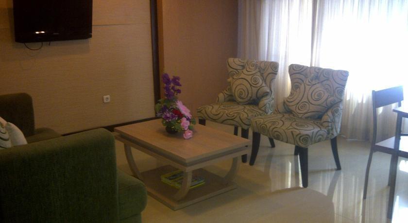 Grand Populer Hotel Makassar - Interior