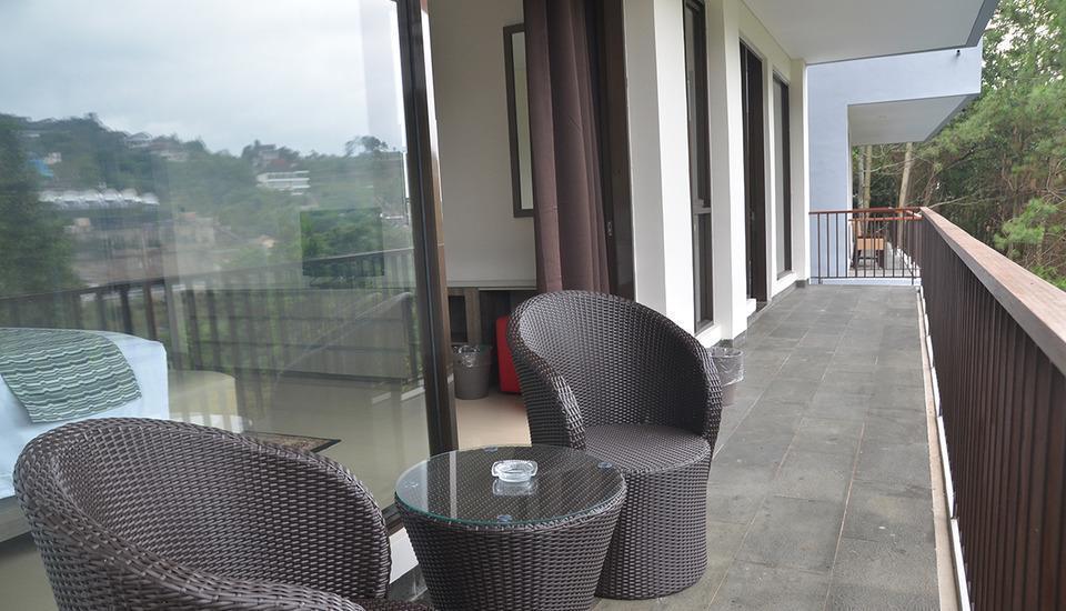 Cempaka 2 Villa Dago Private Pool Bandung - pic15