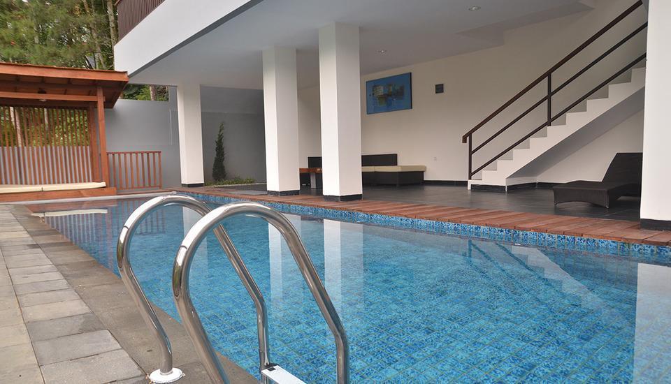 Cempaka 2 Villa Dago Private Pool Bandung - pic16