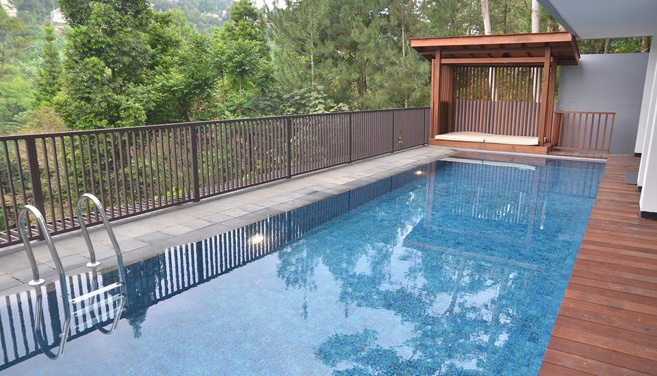 Cempaka 2 Villa Dago Private Pool Bandung - pic17