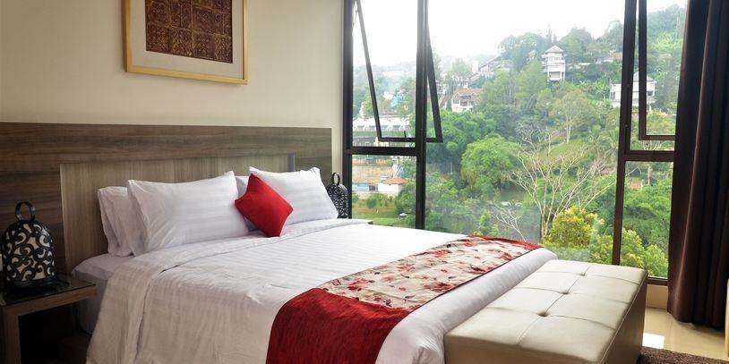 Cempaka 2 Villa Dago Private Pool Bandung - pic4