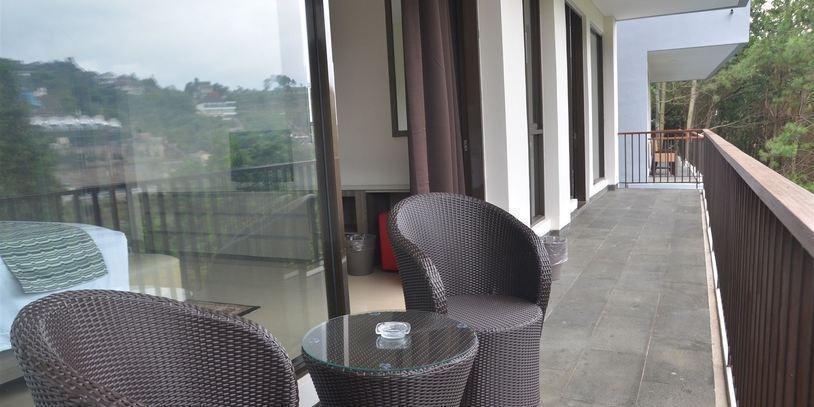 6 BR Pool Villa Dago Hill View Bandung - pic16