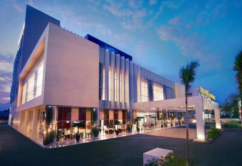 Atria Hotel Malang - Hotel Building