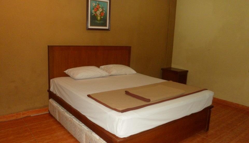 Wisma Aji Yogyakarta - Deluxe Room Breakfast (Double/twin Bed) Regular Plan
