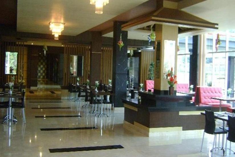 M-one Hotel Bogor - Ruang Makan