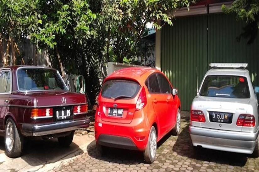 Junjunan Dalam Sharia Bandung - Area parkir
