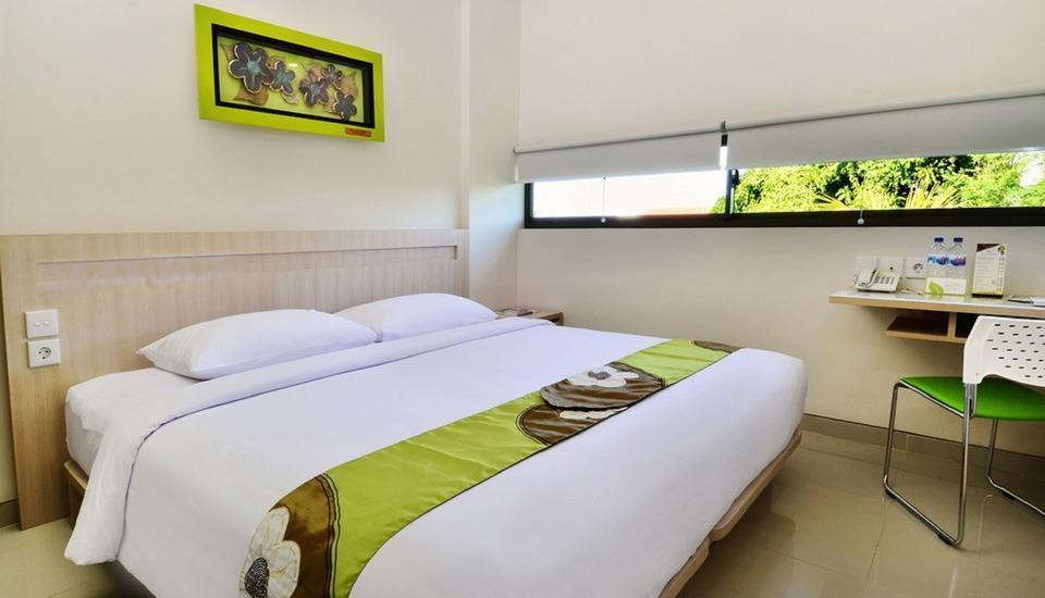 J Hotel Kuta - Cozy Double With Breakfast Diskon 35% Untuk Minimum 3 Malam