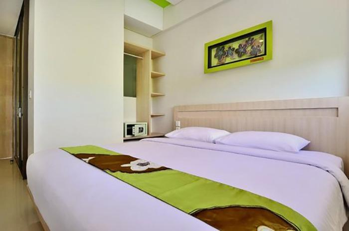 J Hotel Kuta - Cozy Double With Breakfast Stay More