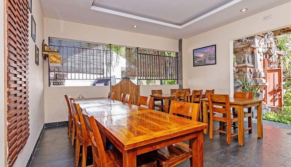 ZenRooms Sunshine Dewi Sartika - Restoran