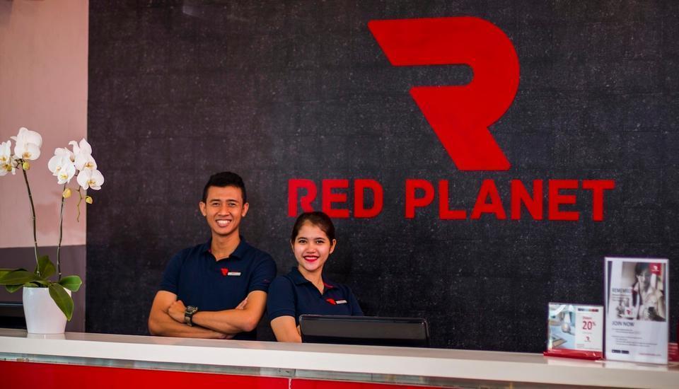 Red Planet Pasar Baru Jakarta - Staff