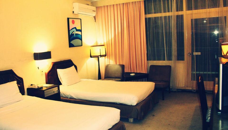 Inna Samudra Beach Sukabumi - Guest room