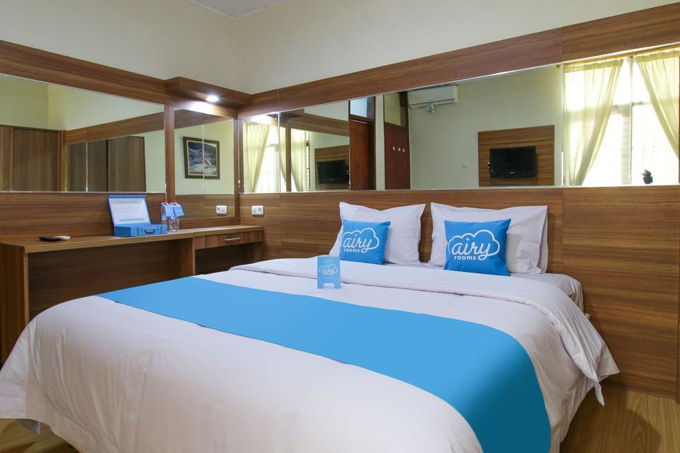 Airy Gedung Sate Muararajeun 24 Bandung - Standard Double Room with Breakfast Special Promo Jan 5