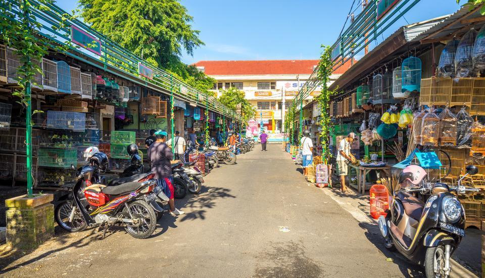 Inna Bali Hotel Bali - Pasar burung kira-kira 500 M dari hotel